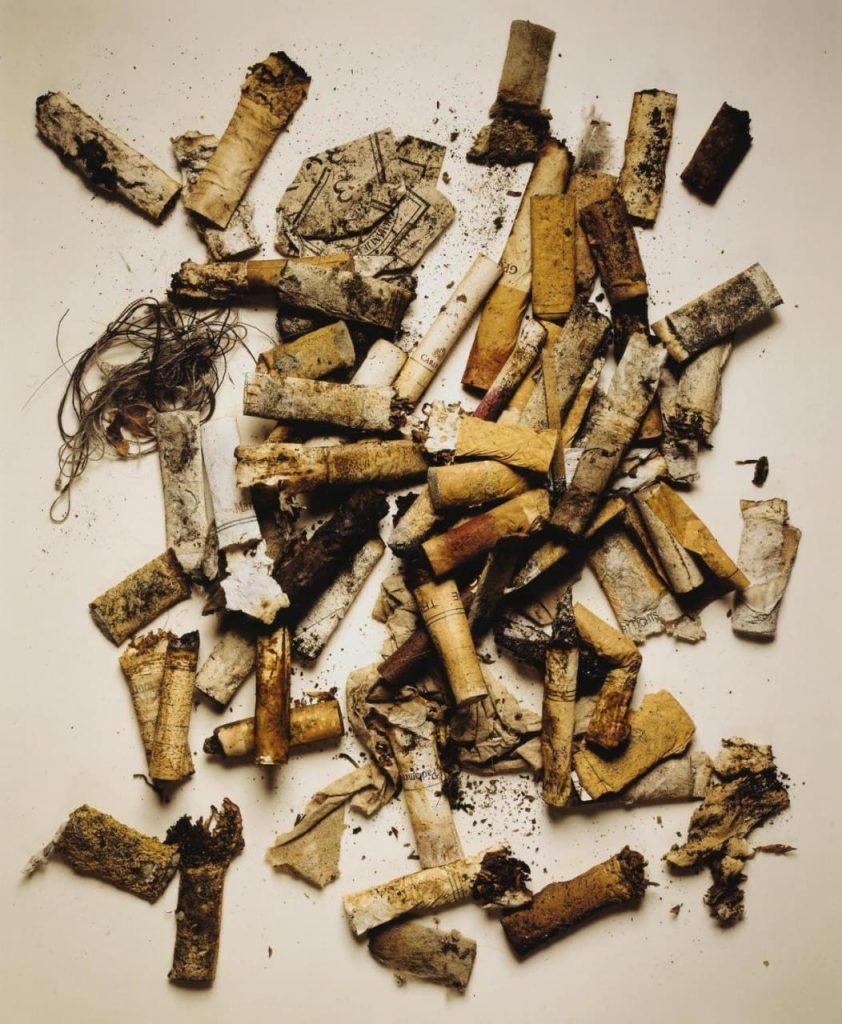 Ирвинг Пенн. Окурки, найденные на улице. Нью-Йорк, 1999 г.